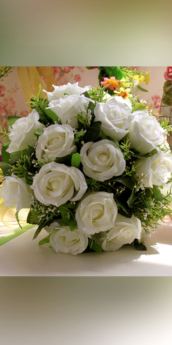 white handmade roses wedding bouquet sexy womens flowers